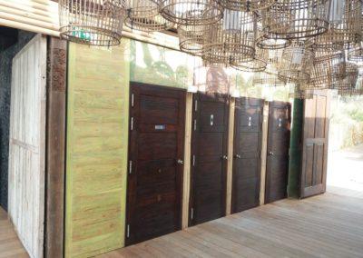 Plage privée bungalow avec bardage Teck recyclé